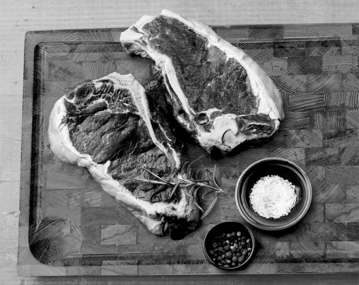 AKS BBQ Schneidebrett Teak 45x30x2,5 cm natur