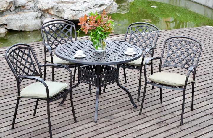 AKS Leeds Dining Set 1 Tisch, 4 Sessel Aluguß, bronze